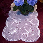 Free Summer Table Runner Crochet Pattern - MomsLoveOfCrochet.com